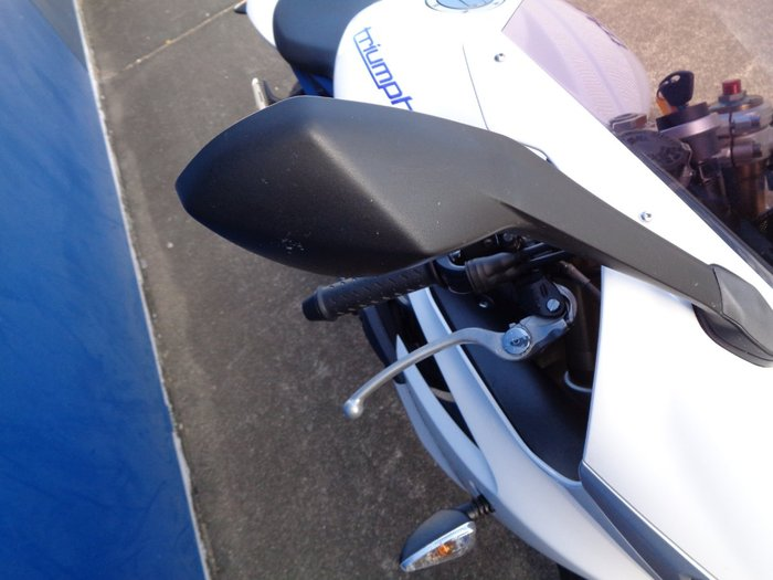 2013 Triumph DAYTONA 675 blue