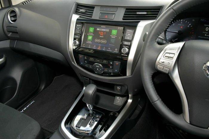 2019 Nissan Navara ST-X D23 Series 4 4X4 Dual Range Black