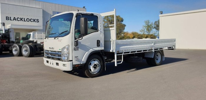 2011 Isuzu trucks N Series NQR NH White
