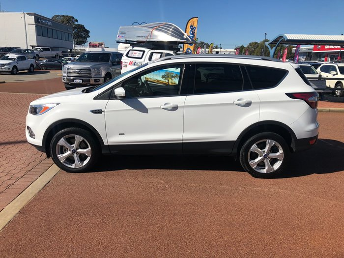 2017 Ford Escape Trend ZG 4X4 On Demand White