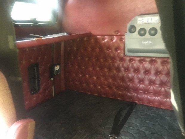 2012 Western Star 4964FX 4900fx MAROON/CREAM
