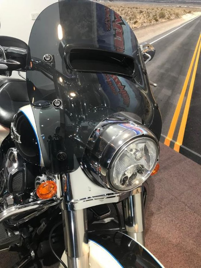 2014 HARLEY-DAVIDSON ROAD KING 1690 (FLHR) null null null