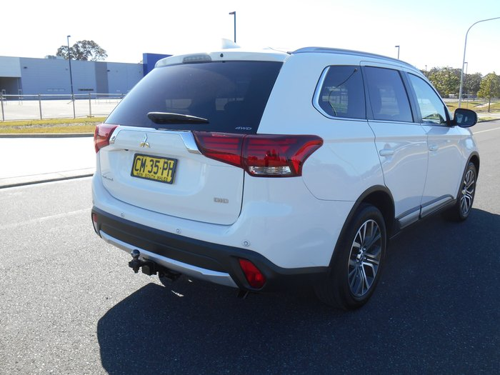 2016 Mitsubishi Outlander LS Safety Pack ZK MY17 4X4 On Demand White