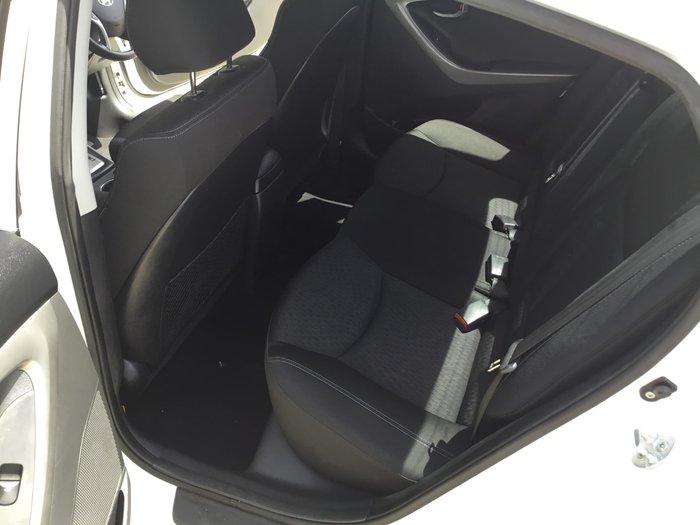 2012 Hyundai Elantra Active MD2 White