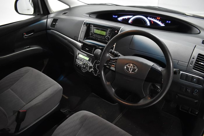 2015 Toyota Tarago GLi ACR50R White