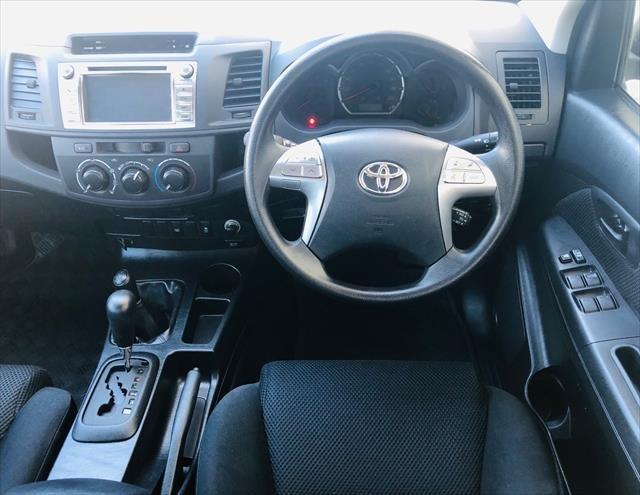 2015 Toyota Hilux SR KUN26R MY14 4X4 Dual Range GLACIER WHITE
