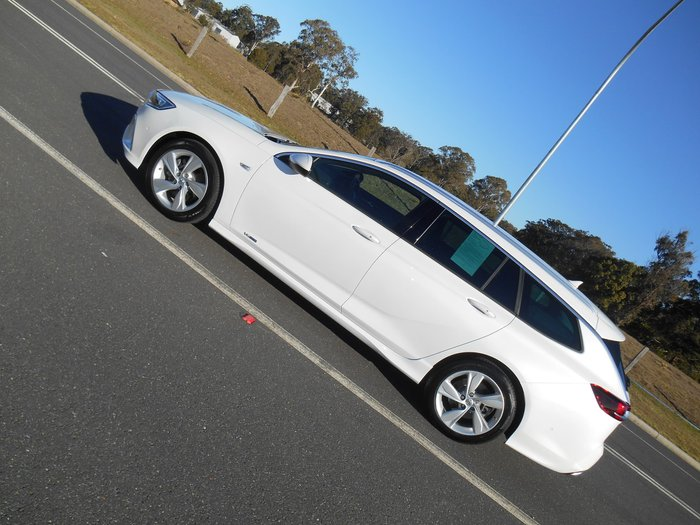 2018 Holden Commodore RS-V ZB MY18 4X4 On Demand White