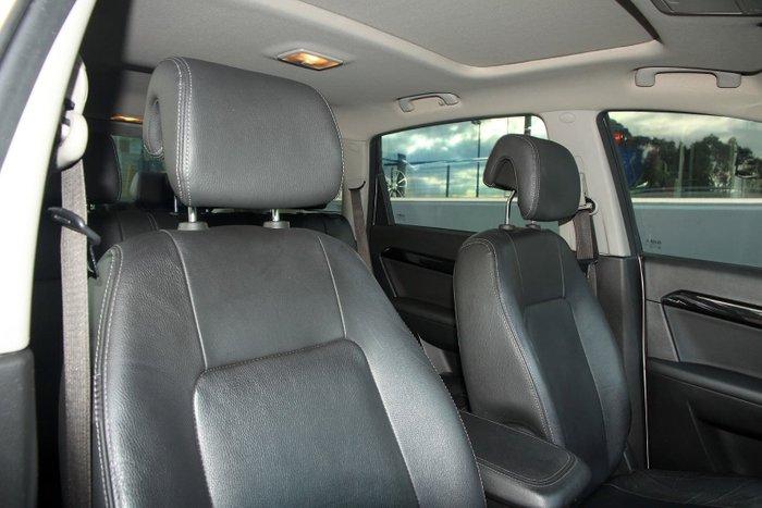 2012 Holden Captiva 7 LX CG Series II MY12 4X4 On Demand White