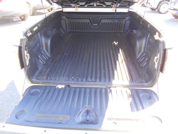 2016 Holden Ute VFII VF Series II MY16 WHITE