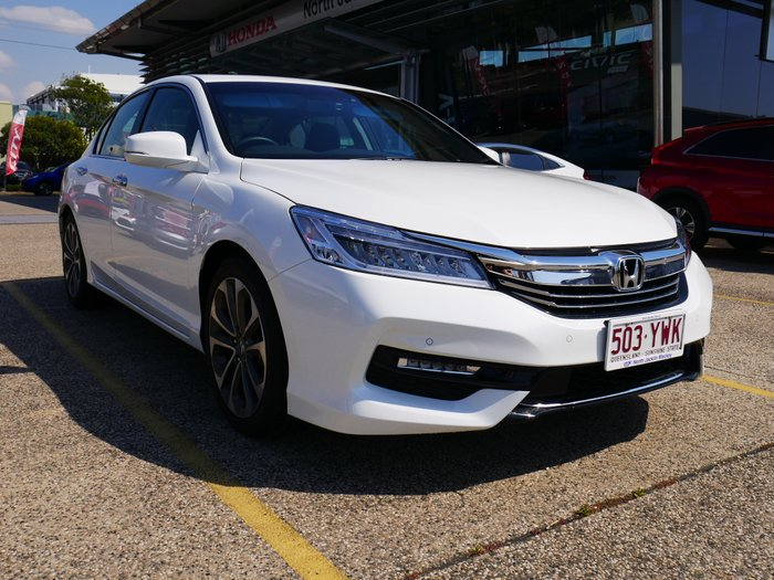 2018 HONDA ACCORD . 4 Doors Auto VTI-L 18 WHITE ORCHID