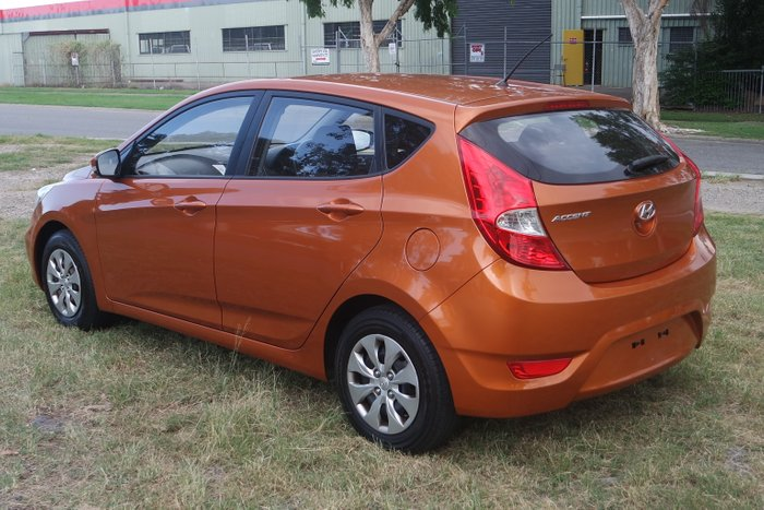 2015 Hyundai Accent Active RB2 ORANGE