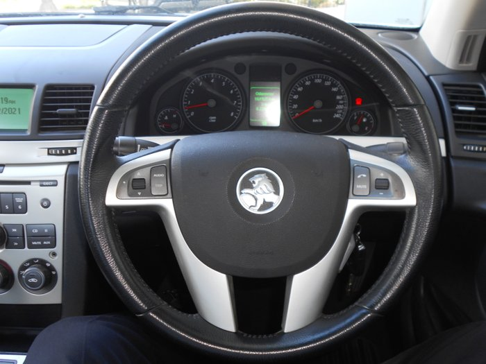 2008 Holden Commodore 60th Anniversary VE MY09 SILVER