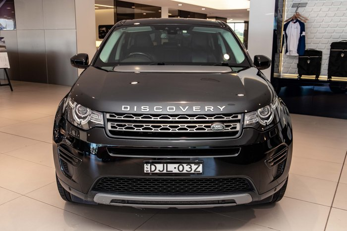 2016 Land Rover Discovery TD4 HSE Series 5 MY17 Four Wheel Drive Black