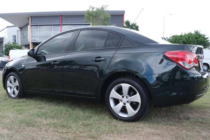 2013 Holden Cruze CD JH Series II MY13 GREEN