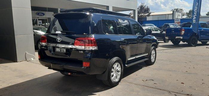 2018 Toyota Landcruiser Sahara VDJ200R 4X4 Dual Range Black