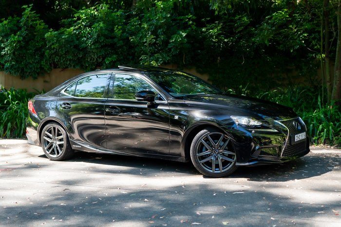 2016 Lexus IS IS300h F Sport AVE30R BLACK