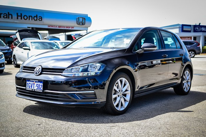 2018 Volkswagen Golf 110TSI Comfortline 7.5 MY18 Deep Black Pearl Effect