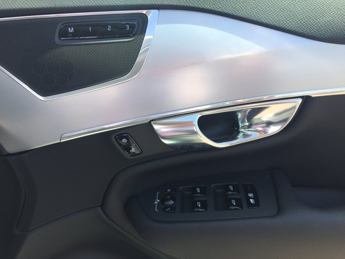 2019 Volvo XC90 D5 Momentum MY19 4X4 On Demand Electric Silver