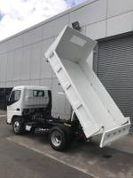2019 FUSO CANTER 615 FEA61BR3SFAC null null White