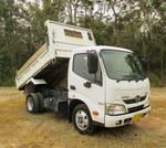 Hino 616 - 300 Series