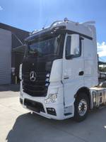 2020 MERCEDES-BENZ 2663 LS DRIVERS EDITION null null White