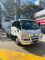 2020 HINO 300 SERIES 616 CREW CAB TRADEACE White