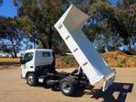 2020 FUSO CANTER 615 TIPPER White