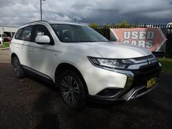2018 Mitsubishi Outlander ES ZL MY19 White