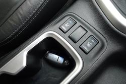 2016 Nissan Navara ST-X D23 Series 2 4X4 Dual Range White