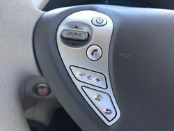 2012 Nissan LEAF ZE0 Brilliant Silver