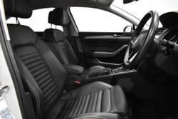 2020 Volkswagen Passat 140TSI Business B8 MY20 Pure White