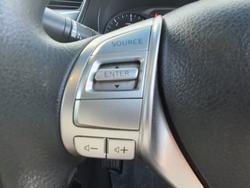 2016 Nissan Navara RX D23 Series 2 4X4 Dual Range Polar White