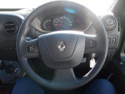 2017 Renault Master X62 White