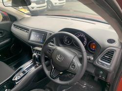 2021 Honda HR-V VTi-S MY21 Passion Red