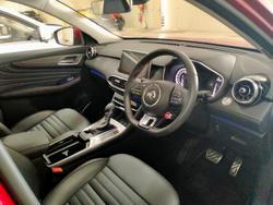 2021 MG HS Essence X SAS23 MY21 AWD Red