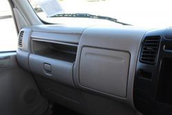2008 Hino Dutro 7 SEATER amp AUTOMATIC WHITE
