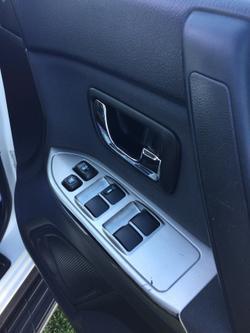 2015 Mitsubishi Pajero GLX NX MY15 4X4 Dual Range White