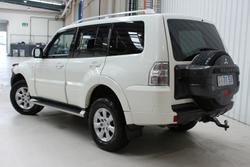 2010 Mitsubishi Pajero GLS NT MY10 4X4 White