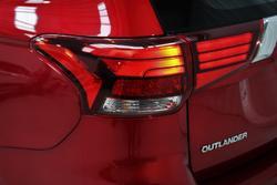2019 Mitsubishi Outlander ES ZL MY20 Red Diamond