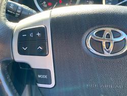 2015 Toyota Landcruiser Sahara VDJ200R MY13 4X4 Dual Range Black