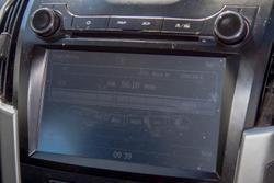 2013 Isuzu D-MAX LS-U X-RUNNER MY12 4X4 Dual Range Silky White