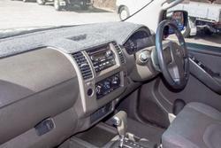 2007 Nissan Navara ST-X D40 Storm Grey