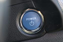 2018 Toyota Corolla Hybrid ZWE186R Silver Pearl