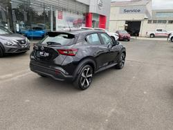 2020 Nissan JUKE ST-L F16 Black