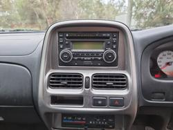 2012 Nissan Navara ST-R D22 S5 4X4 Brilliant Silver