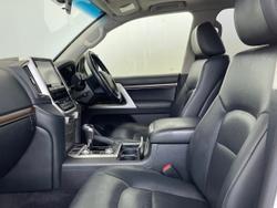 2016 Toyota Landcruiser VX VDJ200R 4X4 Dual Range