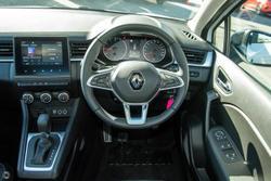 2021 Renault Captur Life JB White