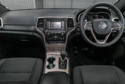 2017 Jeep Grand Cherokee Laredo WK MY17 Diamond Black Crystal
