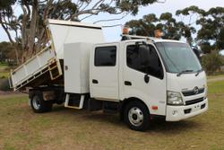 Hino 717 - 300 Series  EX-Council, LOW Km's
