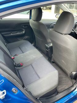 2017 Toyota Prius C NHP10R Blue